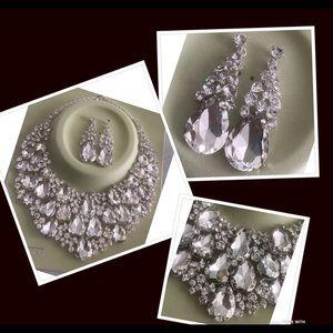 Silver formal necklace set